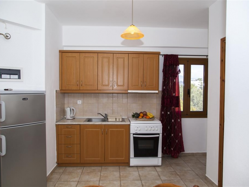 Apartment for 5 persons (1 double bed + 2 single beds + Sofa)